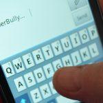 Call to ban smartphones in schools